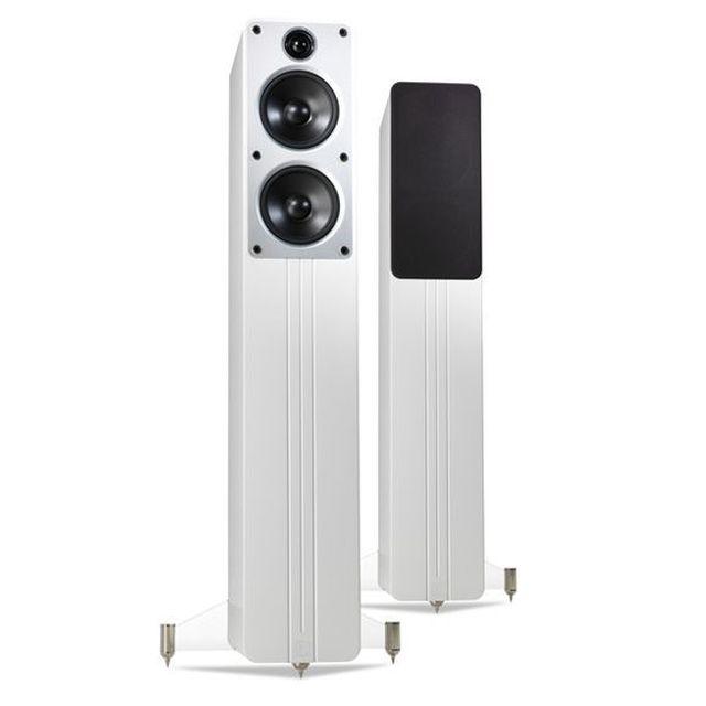 Diffusori-Q-Acoustic-in-negozio